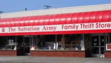 Salvation_Army_Thrift_Store,_Santa_Monica,_CA